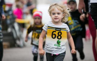 Maraton EV100_lastejooksud_foto Laura Toomesoo