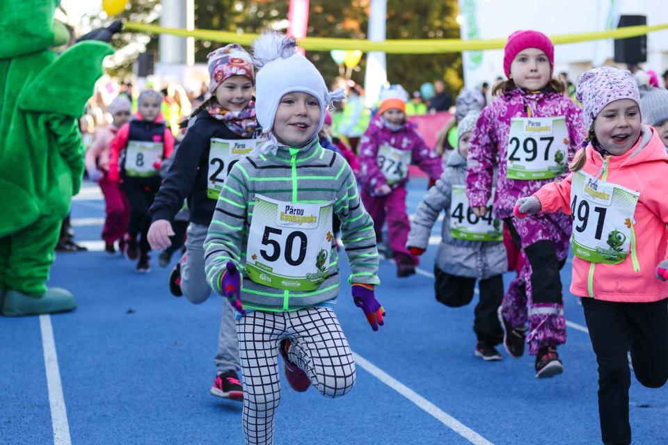 Lastejooksud Pärnu Rannajooks