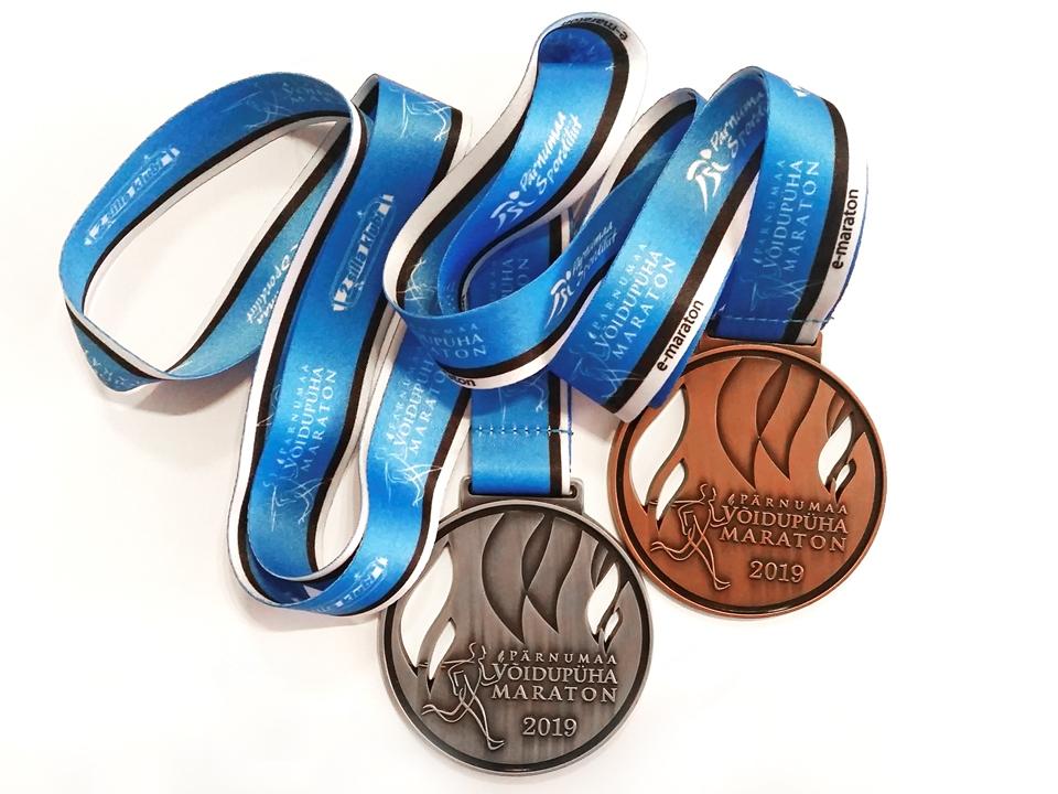 Võidupüha maratoni medal