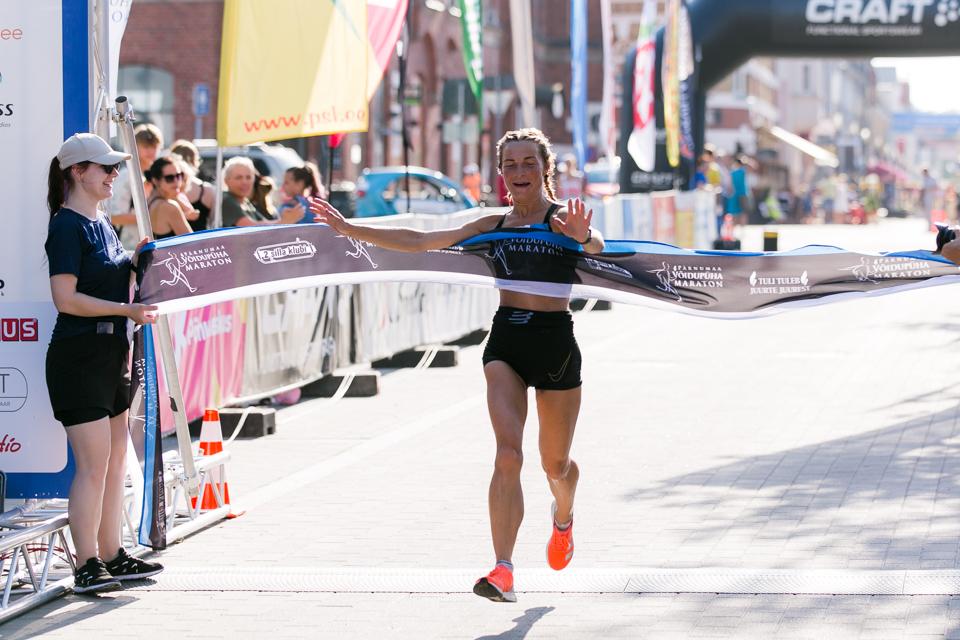 Võidupüha maratoni naiste võitja 2021_Laura Toomesoo
